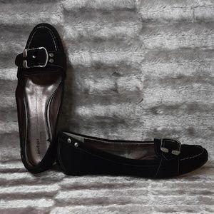 9.5N Nordstrom Boutique Black Leather Loafer